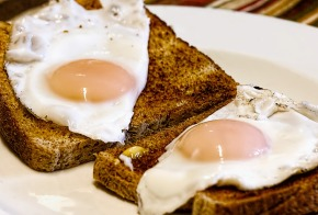 fried-eggs-456351_960_720.jpg