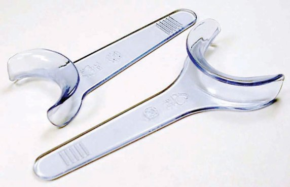 Dental Retractors-S.jpg